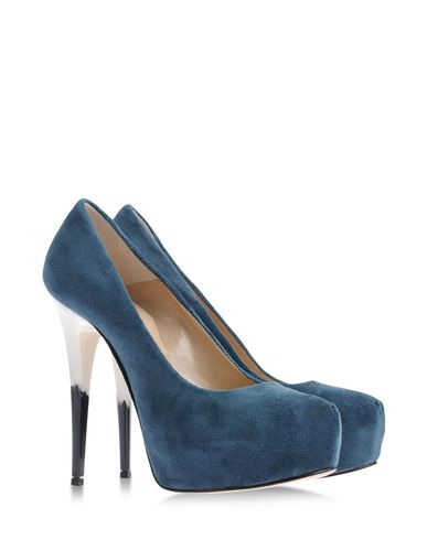 CHIARA FERRAGNI - Platform pumps
