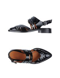 GIVENCHY - Closed-toe slip-ons