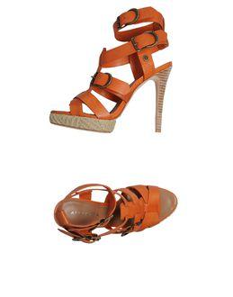 Sandalias con plataforma - APEPAZZA EUR 59.00