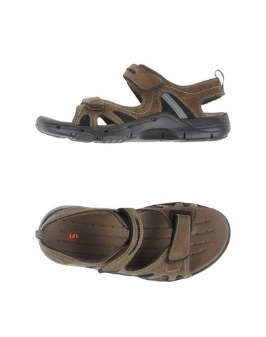UNSTRUCTURED by CLARKS - Sandals
