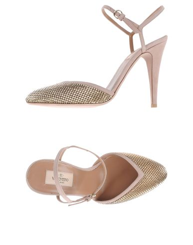 VALENTINO GARAVANI - Closed-toe slip-ons