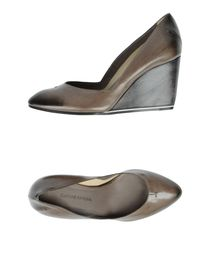 COSTUME NATIONAL - Closed-toe slip-ons