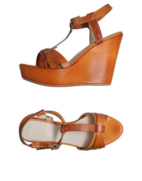 Танкетка обувь