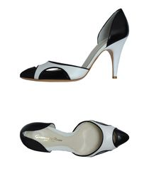 GIANVITO ROSSI - Closed-toe slip-ons