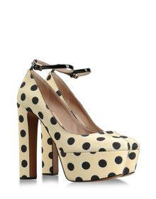 Closed toe - ROCHAS