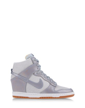 NIKE Trainers & Sportswear High-tops & Trainers on shoescribe.com