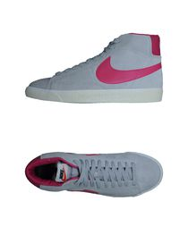 NIKE - Baskets et Tennis montantes