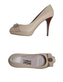 SALVATORE FERRAGAMO - Pumps with open toe