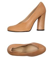 NUNC - Closed-toe slip-ons