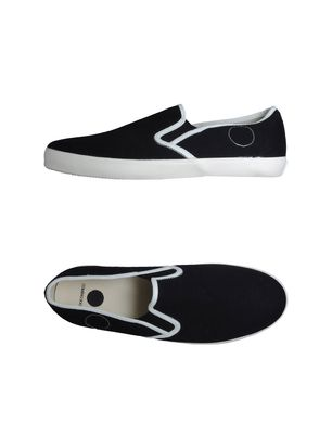 COMING SOON - Slip on Sneaker