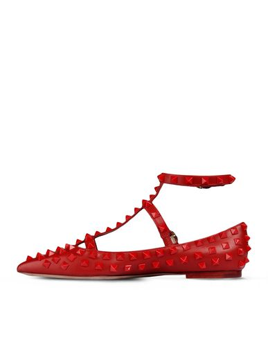 valentino shoes, valentino rockstud, studded heels, valentino heels, red shoes, heels, kitten heels, 2013 trends, how to, stylish, fashion blog, malaysia