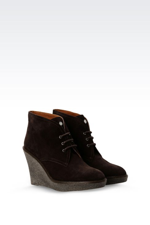 SUEDE DESERT BOOT WITH PARA RUBBER WEDGE: Ankle boots Women by Armani - 2