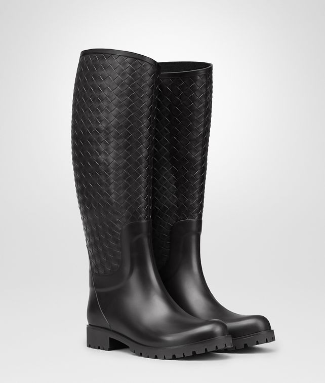 BOTTEGA VENETA RAINBOOT IN NERO RUBBER Boots and ankle boots D fp