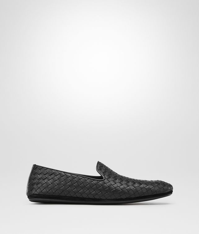 SLIPPER NERO IN VITELLO INTRECCIATO