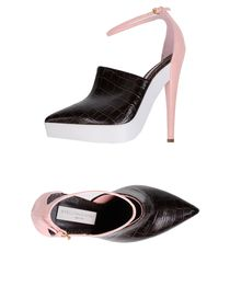 STELLA McCARTNEY - Platform courts