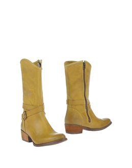 Stivali con tacco - MANAS EUR 96.00