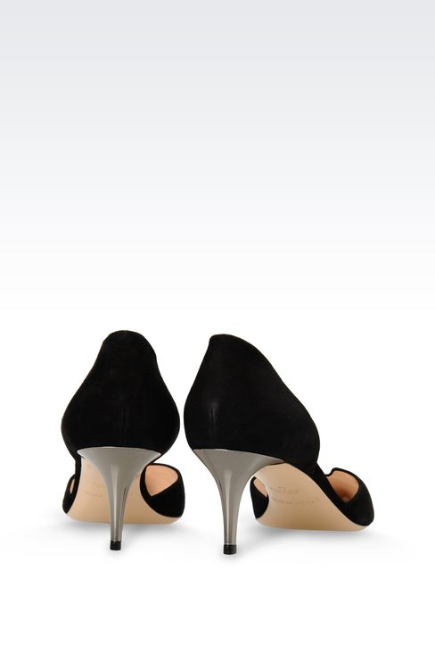 SUEDE PUMP WITH HEART-SHAPED VAMP: Pumps Women by Armani - 3