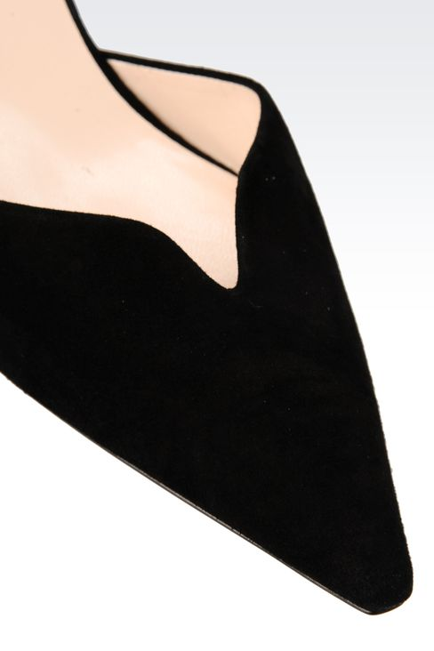 SUEDE PUMP WITH HEART-SHAPED VAMP: Pumps Women by Armani - 4