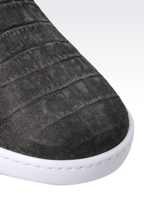 SLIP-ON IN CROC PRINT SUEDE : Sneakers Men by Armani - 4