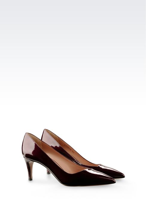 COURT SHOE IN SHINE EFFECT LEATHER: Pumps Women by Armani - 2