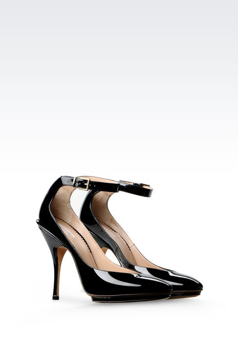 RUNWAY PUMP IN PATENT: Heeled pumps Women by Armani - 2
