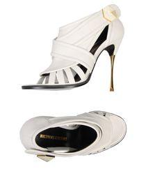 NICHOLAS KIRKWOOD - Sandals