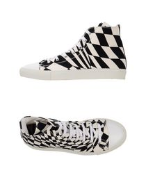 GARETH PUGH - High-tops
