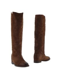 VIA ROMA 15 - Boots