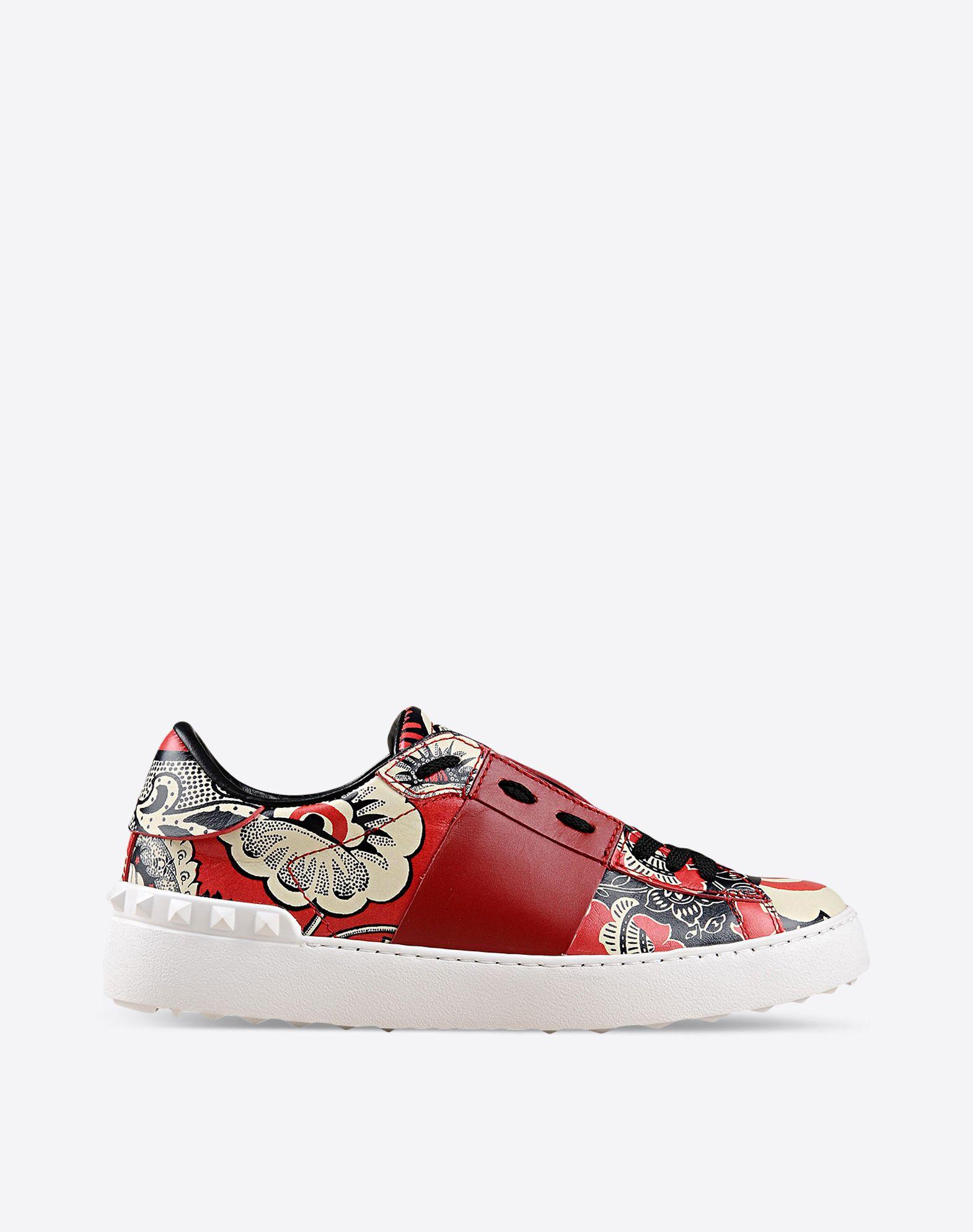 valentino garavani sneaker open valentino garavani sneakers for women valentino online boutique. Black Bedroom Furniture Sets. Home Design Ideas
