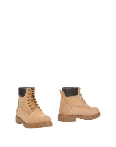 SERAFINI Полусапоги и высокие ботинки