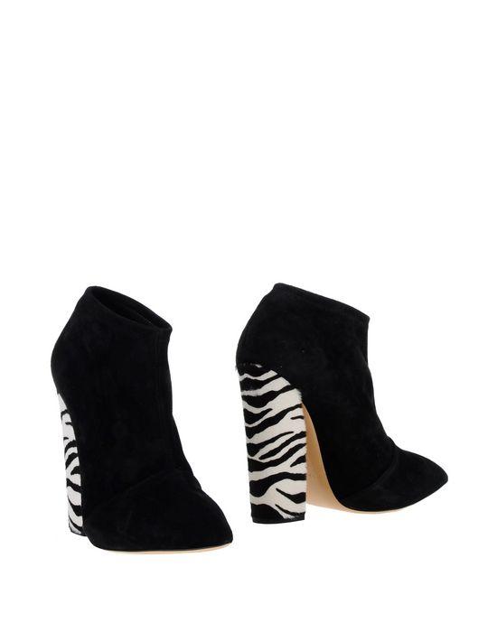 CASADEI Полусапоги и высокие ботинки casadei ca559awhlt21