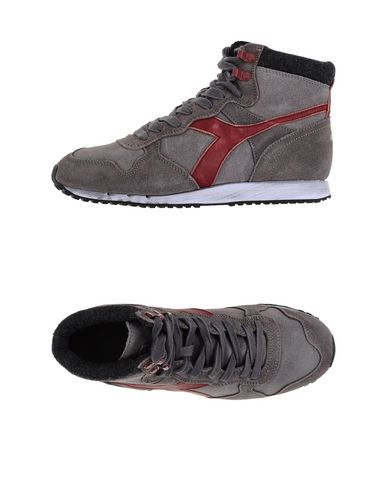 Foto DIADORA HERITAGE Sneakers & Tennis shoes alte uomo
