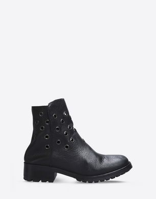 Calfskin ankle boots with eyelet detail