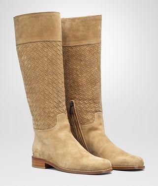 深驼色小牛麂皮长靴
