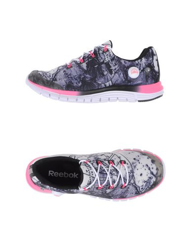 Foto REEBOK Sneakers & Tennis shoes basse donna