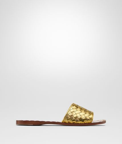 SANDALS IN LIGHT GOLD INTRECCIATO CALF