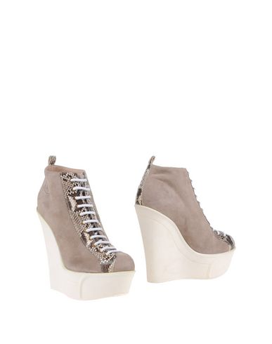 Foto ROBERTO BOTTICELLI LUXURY Ankle boot donna Ankle boots