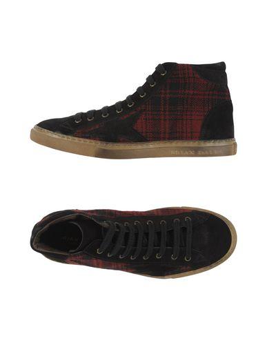 Высокие кеды и кроссовки от BRIAN DALES