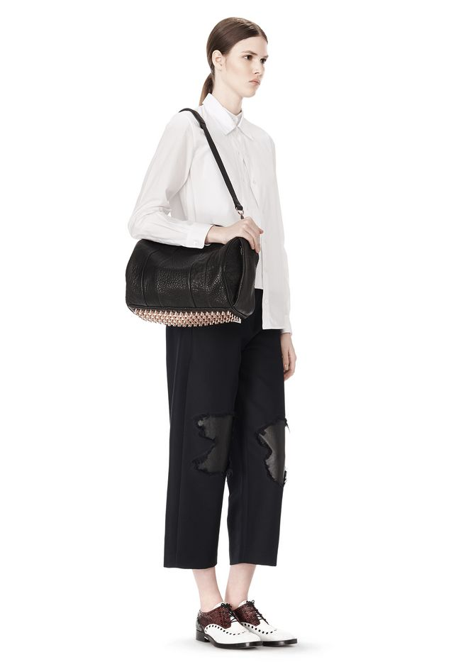 ALEXANDER WANG ROCCO IN BLACK PEBBLE LAMB WITH ROSEGOLD Shoulder bag Adult 12_n_r