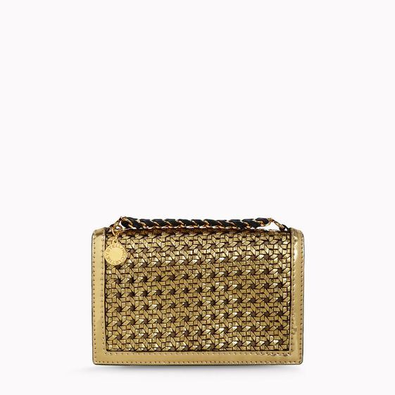 Stella McCartney, Geflochtene, goldfarbene Pochette Pembridge aus Rindslederimitat