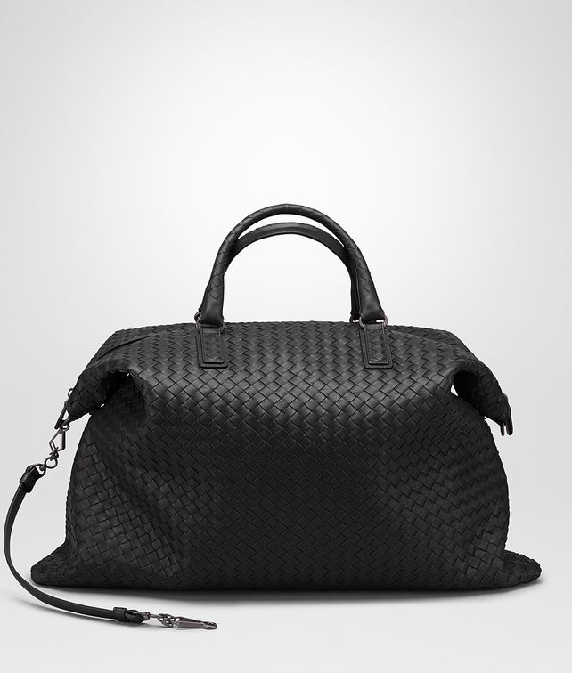 BOTTEGA VENETA MAXI CONVERTIBLE BAG IN NERO INTRECCIATO NAPPA Top Handle Bag D fp