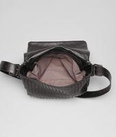 Messenger Tasche aus leichtem Kalbsleder Intrecciato Moro