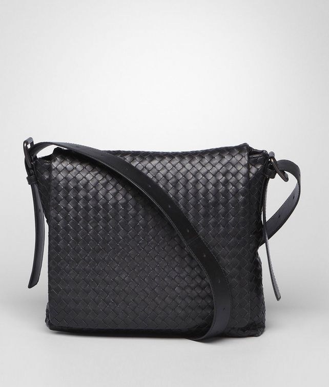 BOTTEGA VENETA Nero Intrecciato Light Calf Cross Body Messenger Messenger Bag U fp