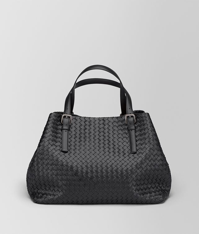 BOTTEGA VENETA LARGE TOTE BAG IN NERO INTRECCIATO NAPPA Tote Bag D fp