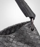 Tasche aus Nappaleder Intrecciato Nero