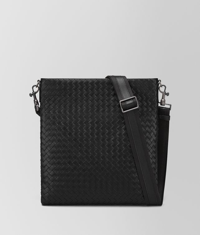 BOTTEGA VENETA LARGE MESSENGER BAG IN NERO INTRECCIATO VN Messenger Bag U fp