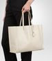 BOTTEGA VENETA GROSSE TOTE BAG AUS INTRECCIOMIRAGE IN ANTIQUE Shopper D ap