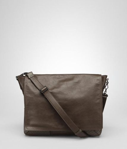 BOTTEGA VENETA - Light Calf Scolpito Cross Body Messenger