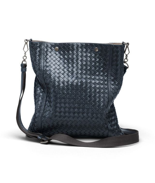 BOTTEGA VENETA MESSENGER BAG IN CELESTE INTRECCIATO VN Crossbody bag D fp