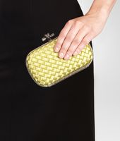 KNOT CLUTCH IN DUCHESSE INTRECCIO IMPERO, AYERS DETAILS